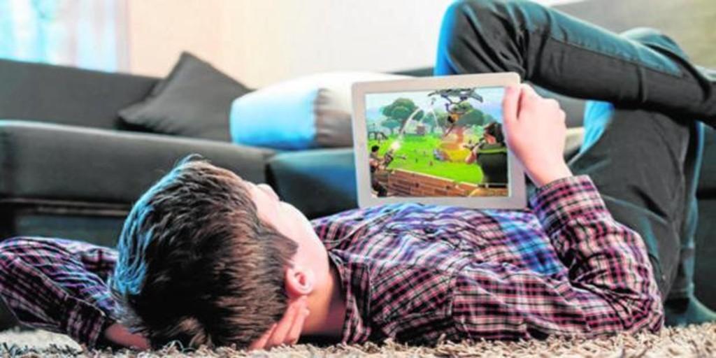 China prohíbe a los niños jugar online más de tres horas semanales