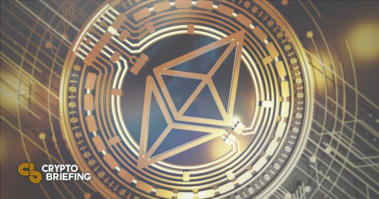 Ethereum mantiene un soporte estable mientras aparecen las señales de venta