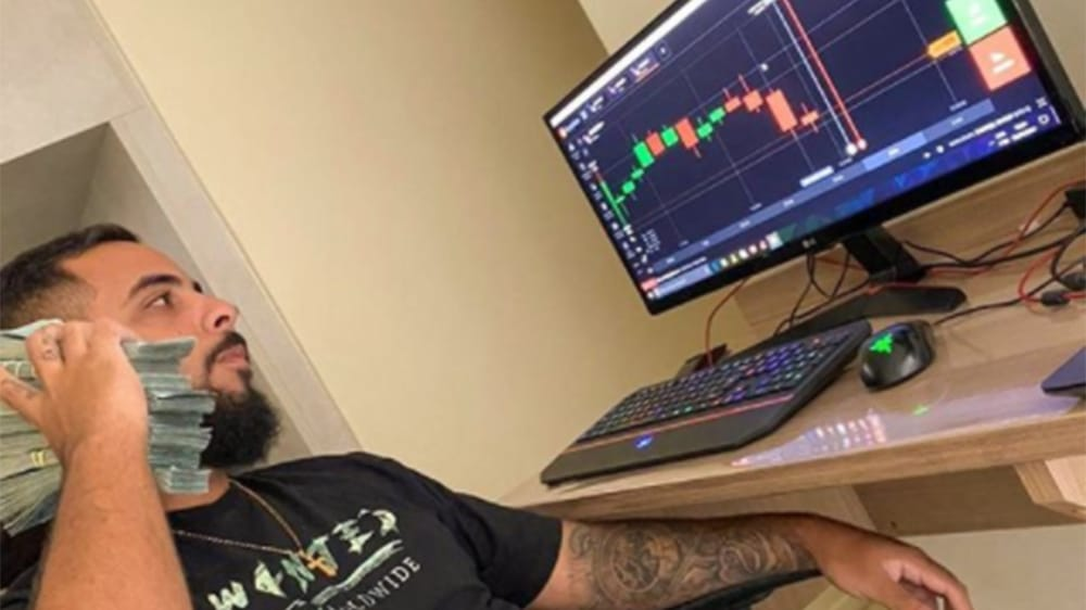 Asesinado youtuber de trading con bitcoin en plena calle de Brasil