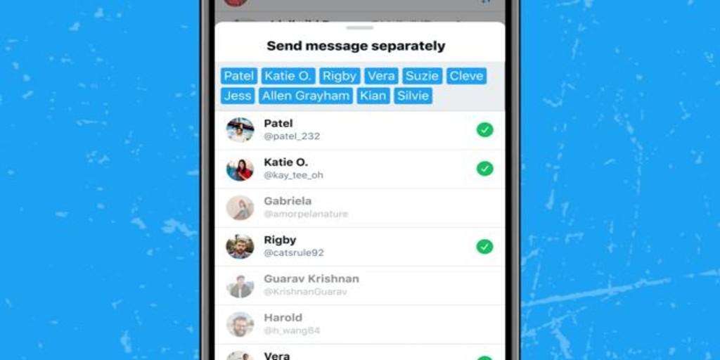El nuevo truco de Twitter para mandar mensajes privados a 20 personas a la vez