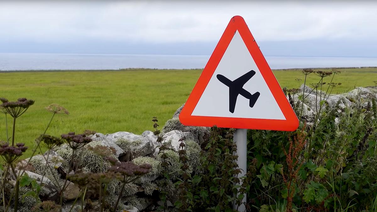 Así es viajar en el vuelo comercial más corto del mundo