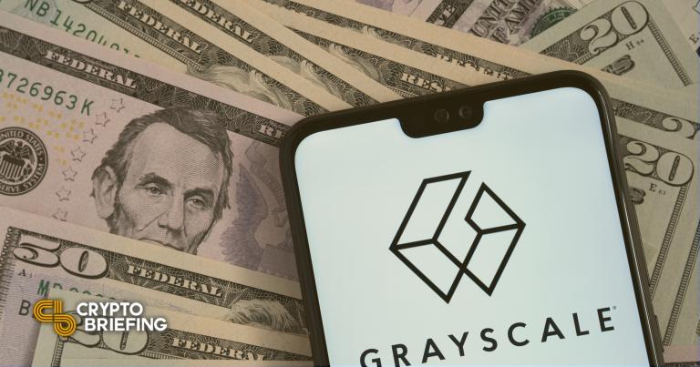 Tres fideicomisos en escala de grises ahora son compañías que reportan a la SEC