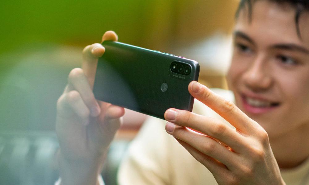 Moto E20, gama de entrada con Android 11 Go por 99 euros