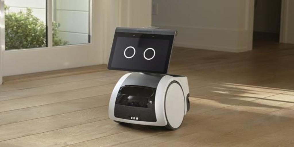 Amazon presenta Astro, su primer robot autónomo inteligente