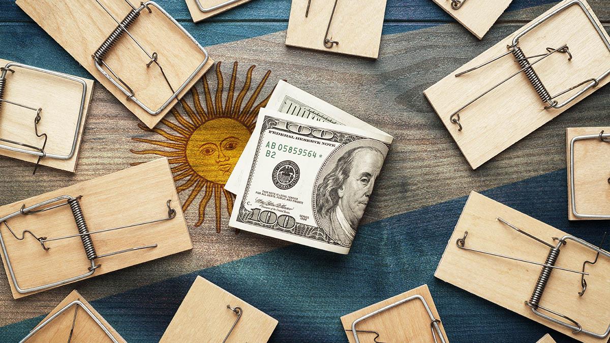 Los argentinos quieren dólares y este banquero propone una nueva forma de impedírselos