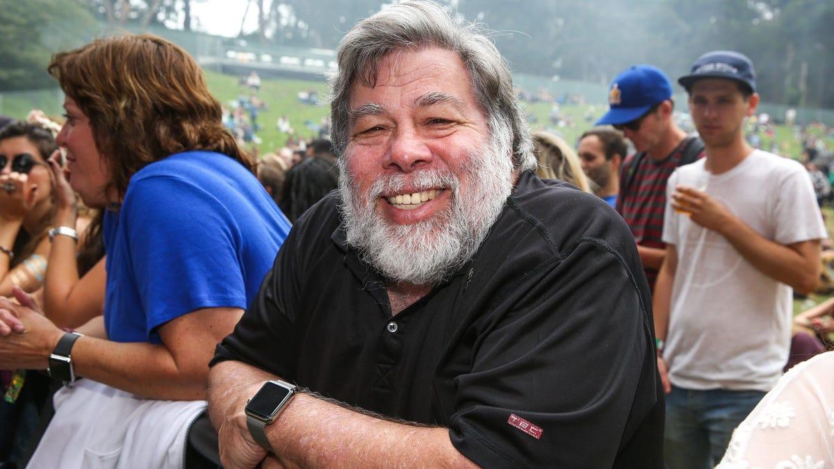 Steve Wozniak, el confundador de Apple, quiere ser el basurero del espacio