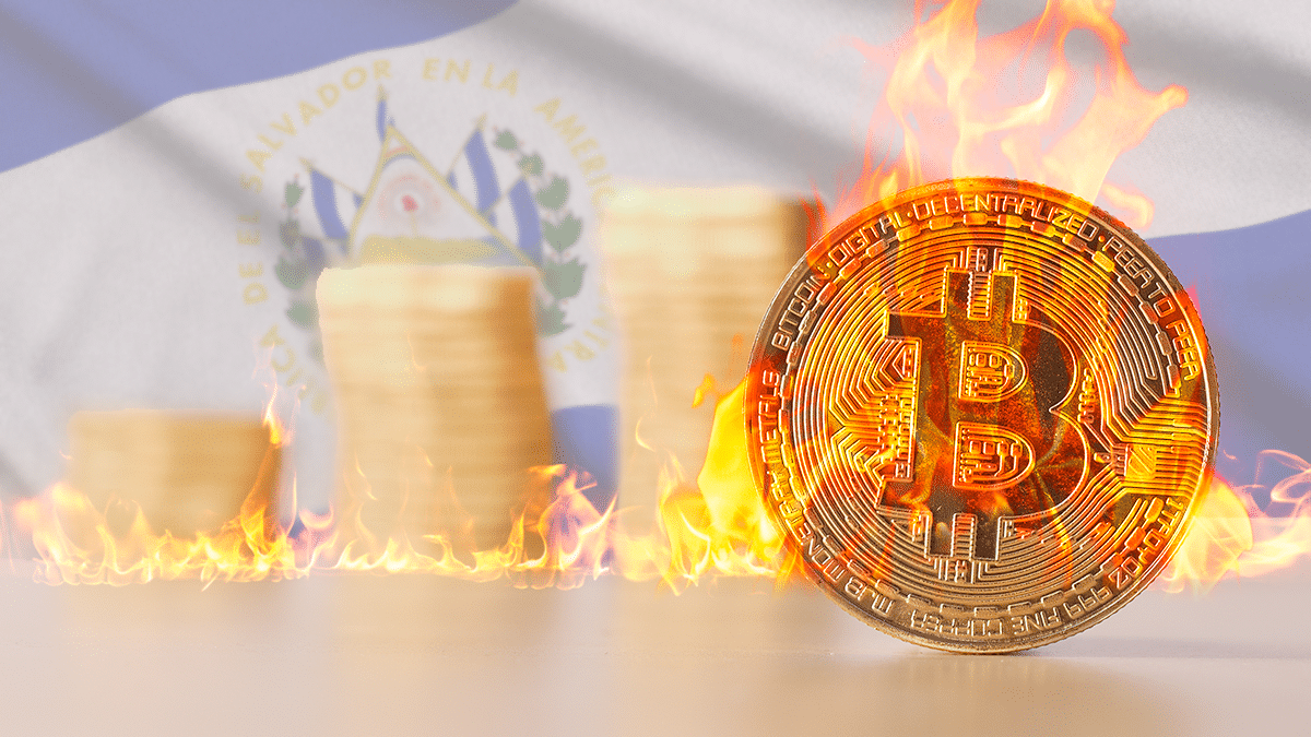 queman cajero en El Salvador y legalizan pagos con BTC en Cuba