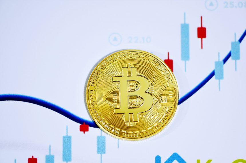A pesar de las caídas, las reservas de intercambio de Bitcoin alcanzan los valores más bajos desde 2018