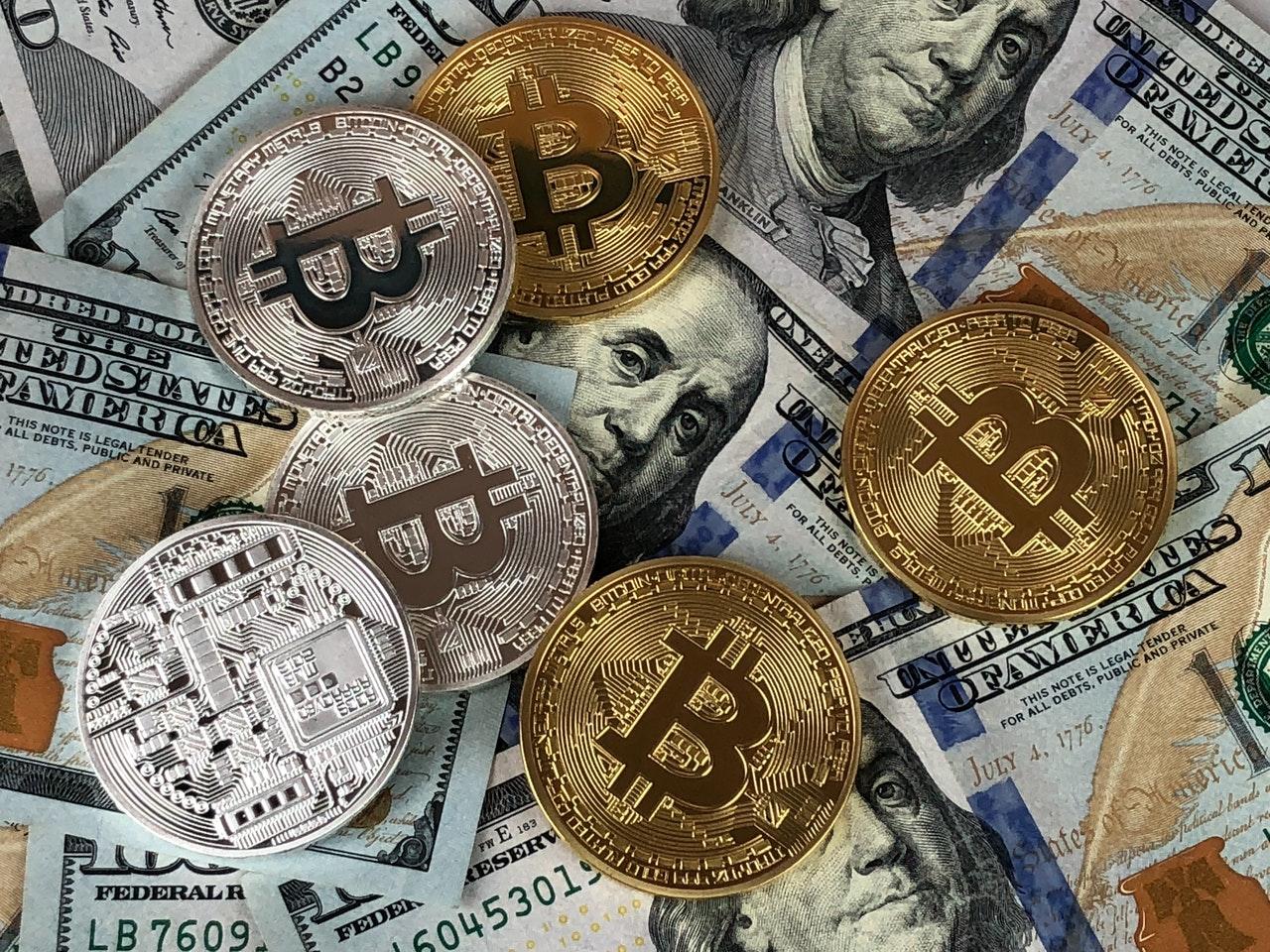 La prohibición de China sobre los criptoactivos obliga al grupo minero de Huobi a rotar 100k Bitcoin