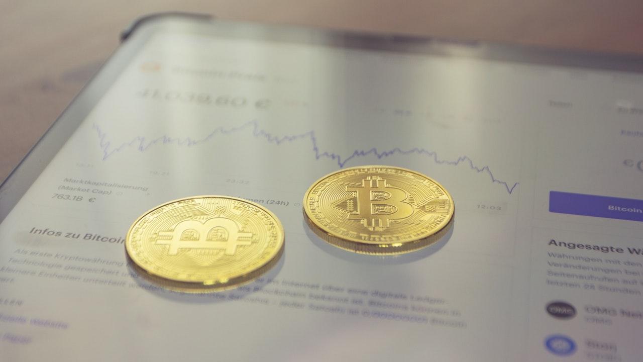 A medida que se avecina la demanda de la SEC, el director ejecutivo de Coinbase describe el comportamiento de la agencia como «incompleto»