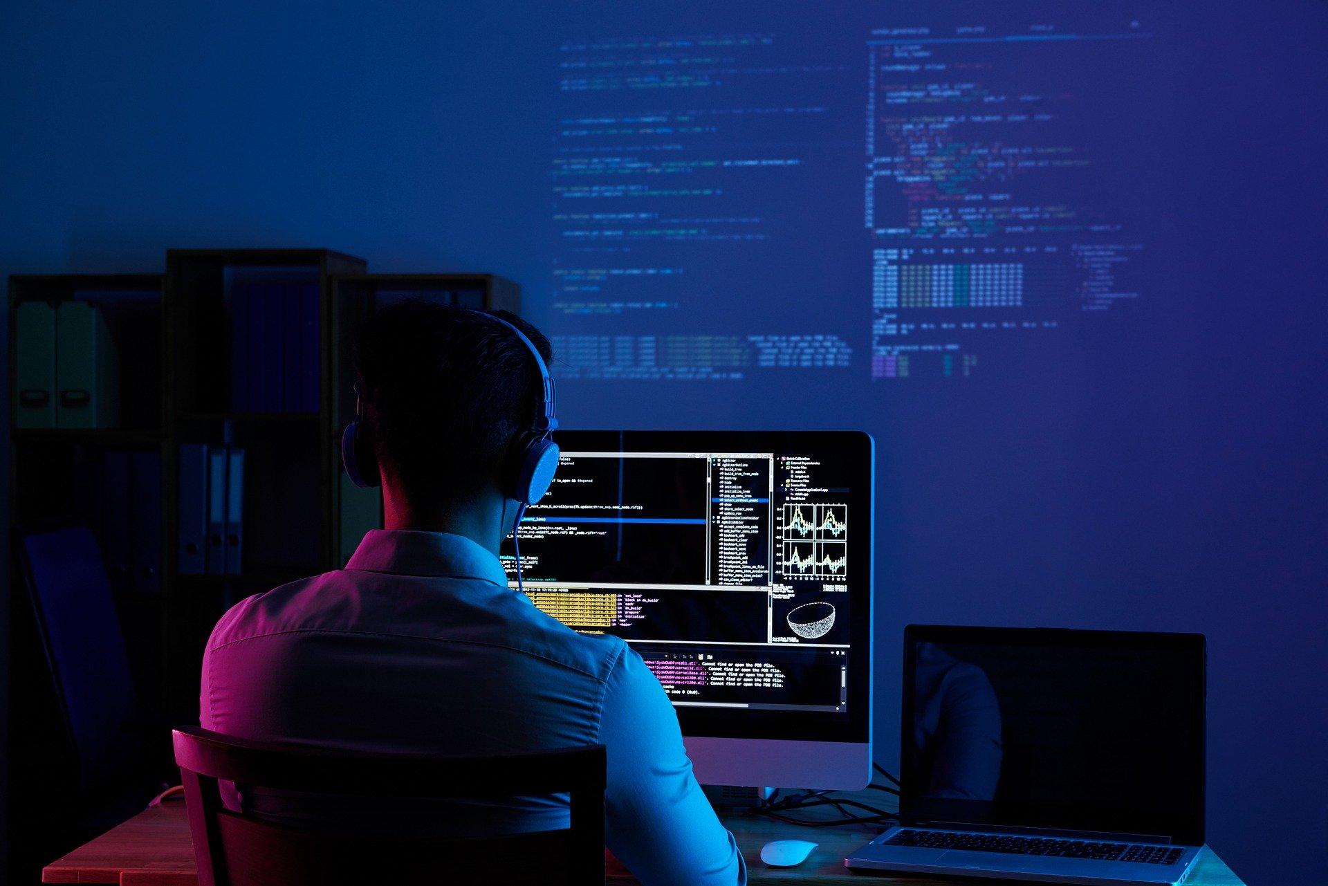 Venezolano recibe beca para desarrollar proyecto RGB de Bitcoin