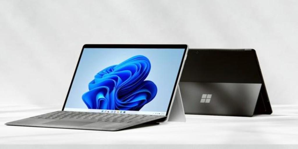 Microsoft muestra su nueva familia de ordenadores Surface compatibles con Windows 11