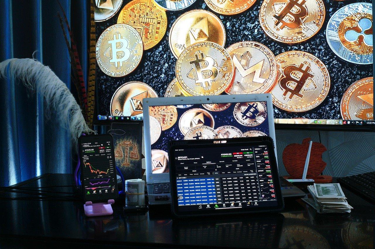 Morgan Stanley obtiene más de 58,000 acciones de GBTC mientras el precio de Bitcoin se mueve