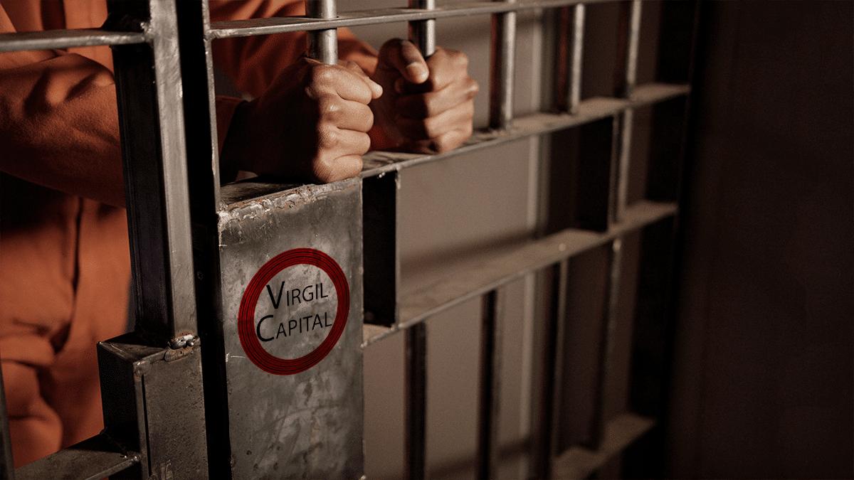Defraudó a más de 100 inversionistas con fondo de criptomonedas y ganó 7 años de cárcel