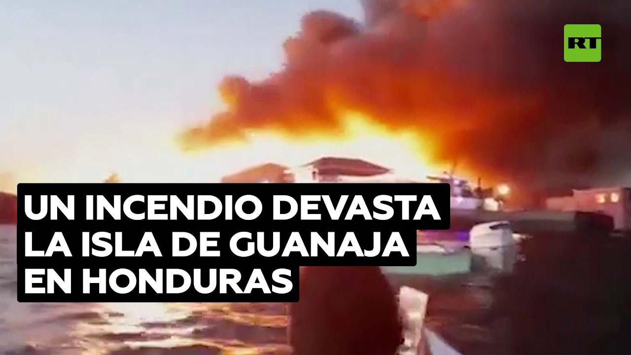 Un incendio arrasa gran parte de una isla poblada en Honduras