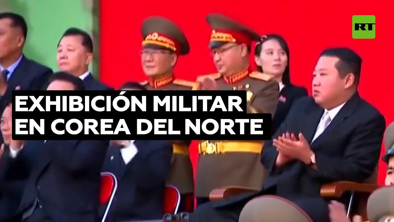 El Ejército norcoreano desafía el dolor durante una exhibición militar
