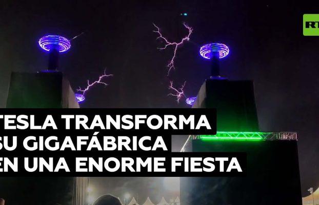 Tesla transforma su gigafábrica en una enorme fiesta