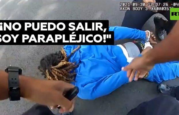 Policías sacan del coche a un parapléjico y lo tiran al suelo en Ohio @RT Play en Español