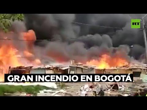 Desalojo de viviendas precarias en Bogotá desencadena un gran incendio