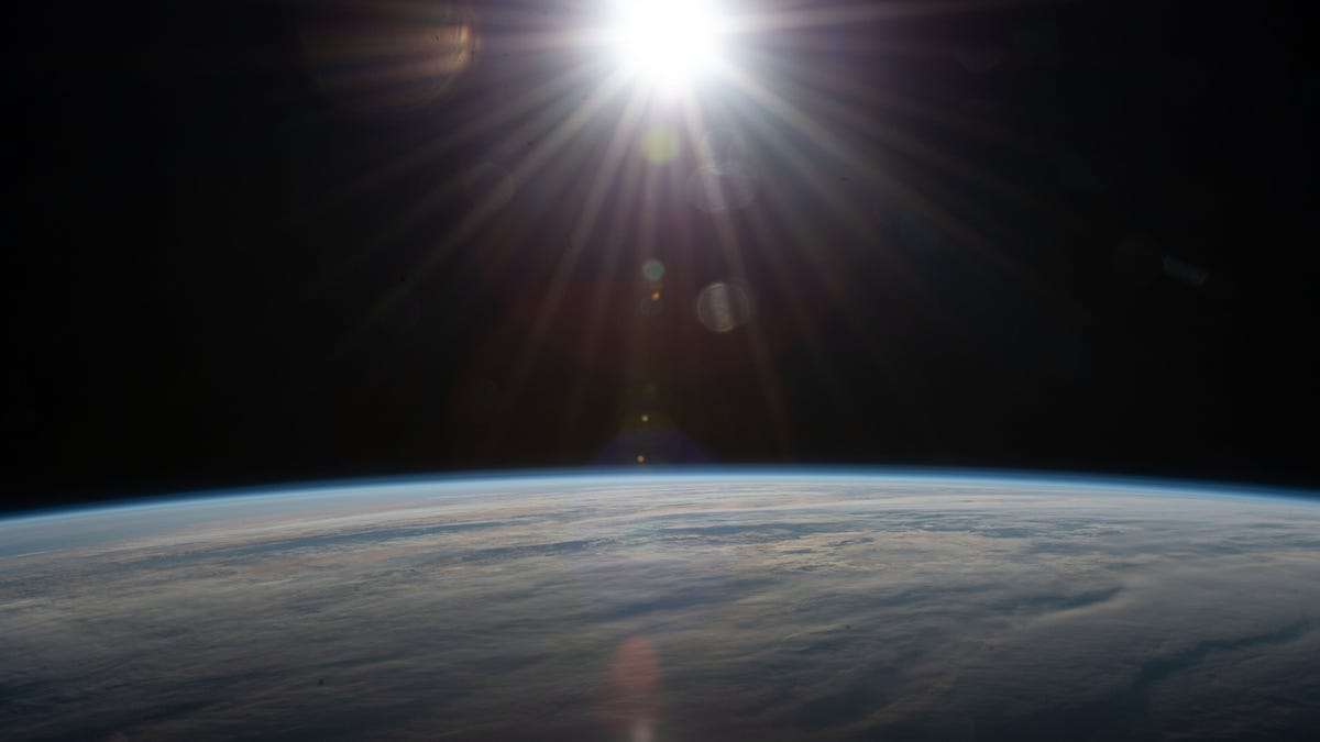 No era una supernova, sino un trozo de basura espacial