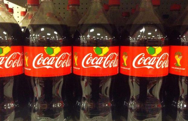 Muere tras beber una Coca-Cola de 1,5 litros en diez minutos