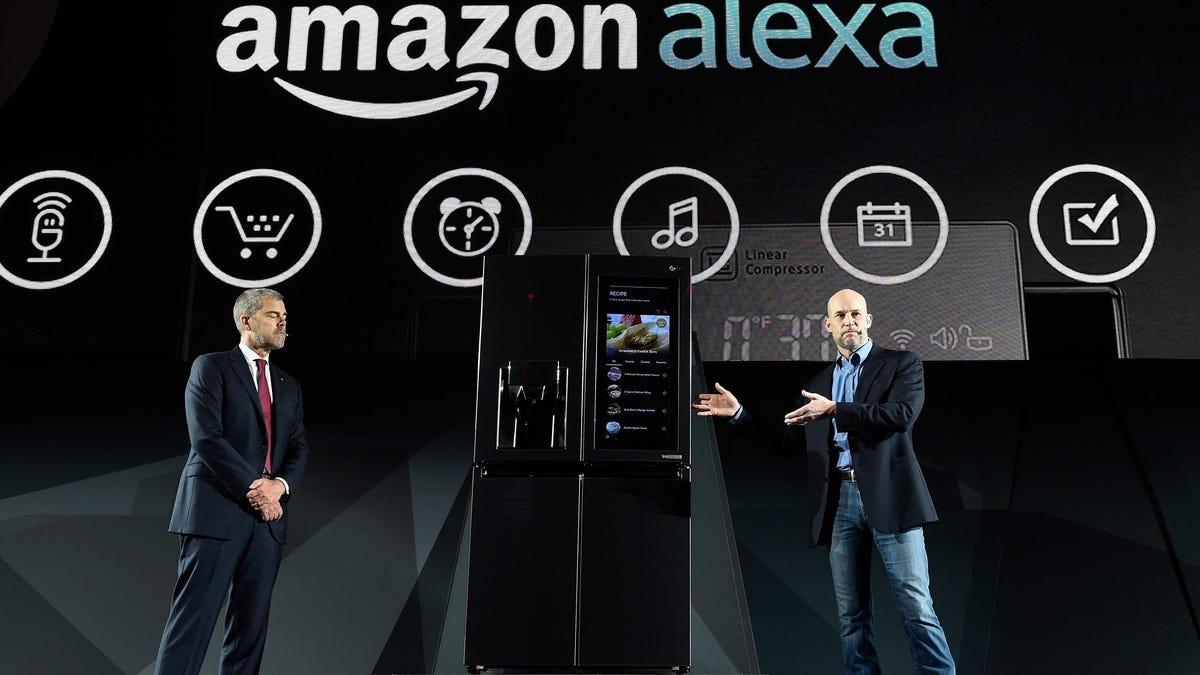 Amazon está desarrollando una nevera inteligente que sabe lo que comes