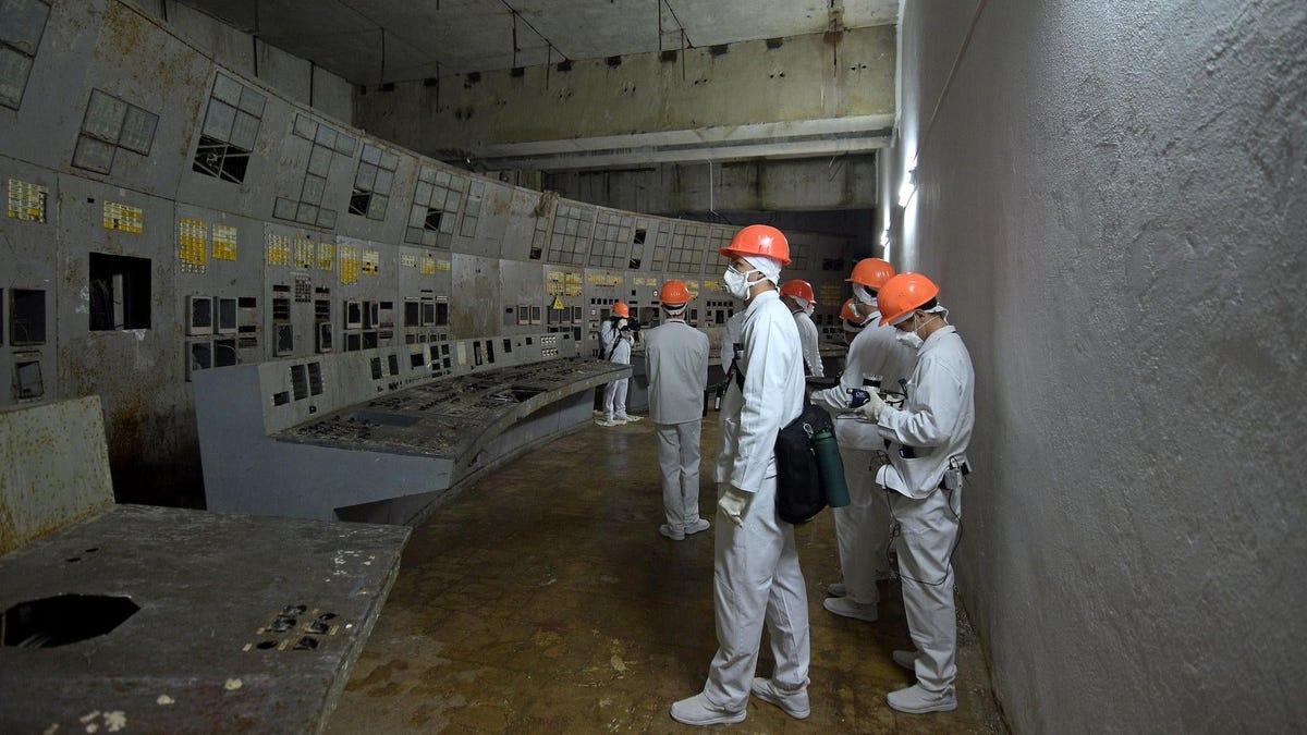 Los atrevidos científicos que entrenan robots para limpiar Chernobyl