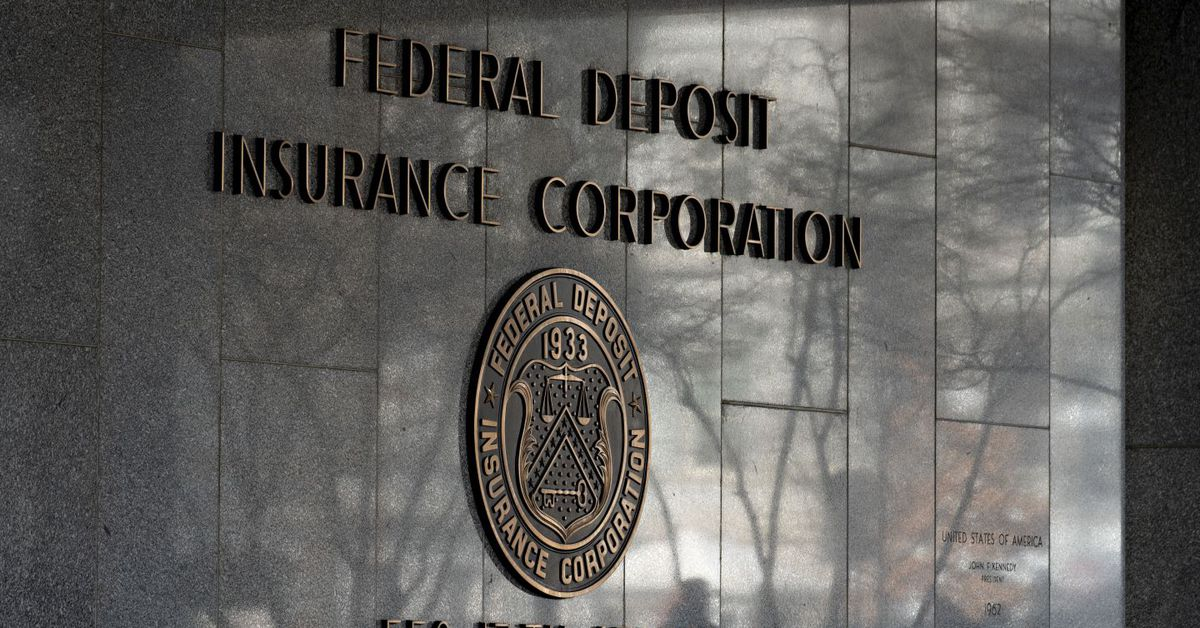 Los reguladores de EE. UU. Sopesan las vías para que los bancos mantengan criptomonedas: informe