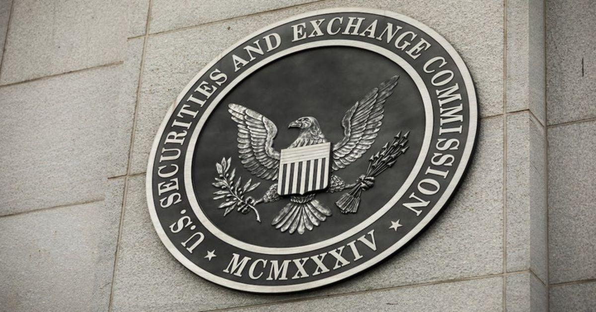 Envoltura del mercado: Bitcoin alcanza los $ 61K a medida que se acerca la fecha límite de ETF de la SEC
