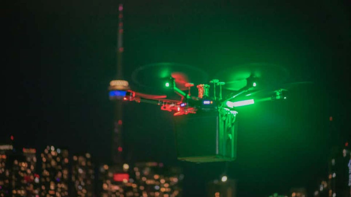 Un dron transporta unos pulmones al receptor del trasplante