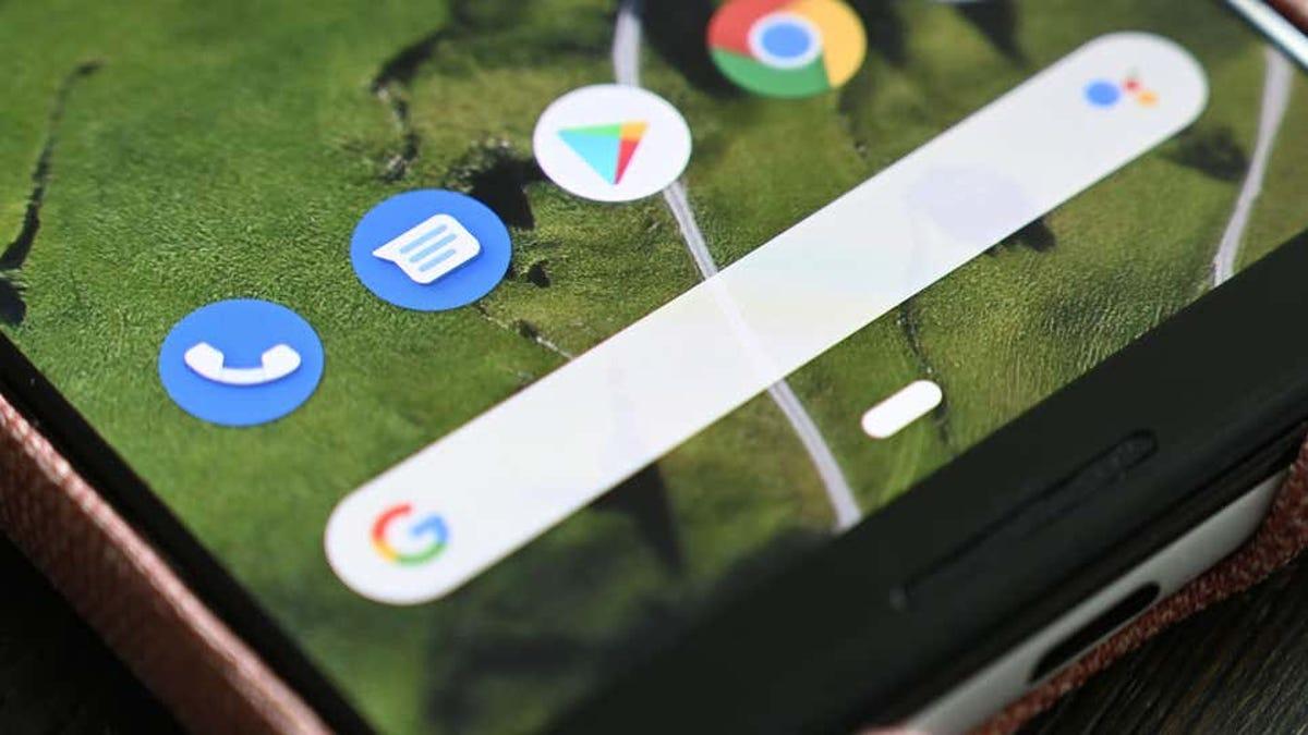 El jefe de Android ofrece ayuda a Apple para implementar mensajes RCS y acabar con las «burbujas verdes» en iMessage