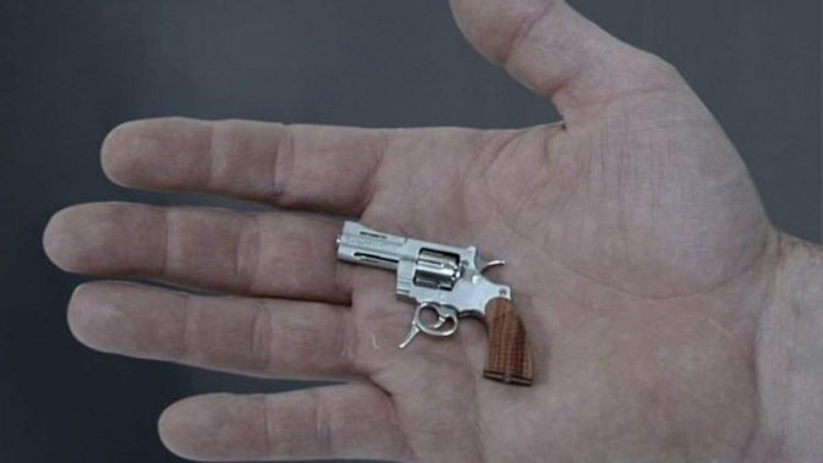 Matar con la pistola más pequeña del mundo es muy difícil