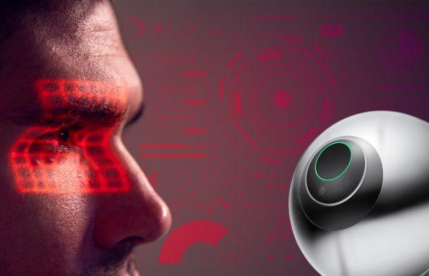 Edward Snowden critica nueva criptomoneda por obtener datos biométricos de sus usuarios