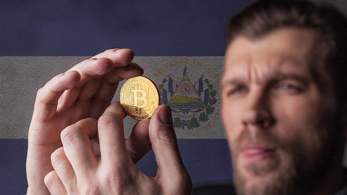 El Salvador confía en bitcoin para pedir un préstamo al FMI