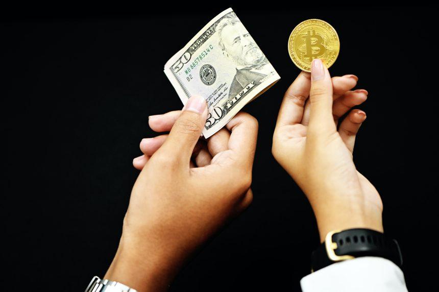 Las tasas de financiación de Bitcoin tocan el mismo nivel que a principios de septiembre, ¿habrá más corrección por venir?