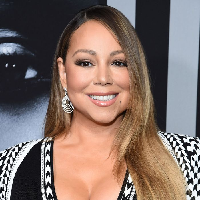 La cantante estadounidense Mariah Carey ofrece $ 20 gratis en Bitcoin para promover la adopción