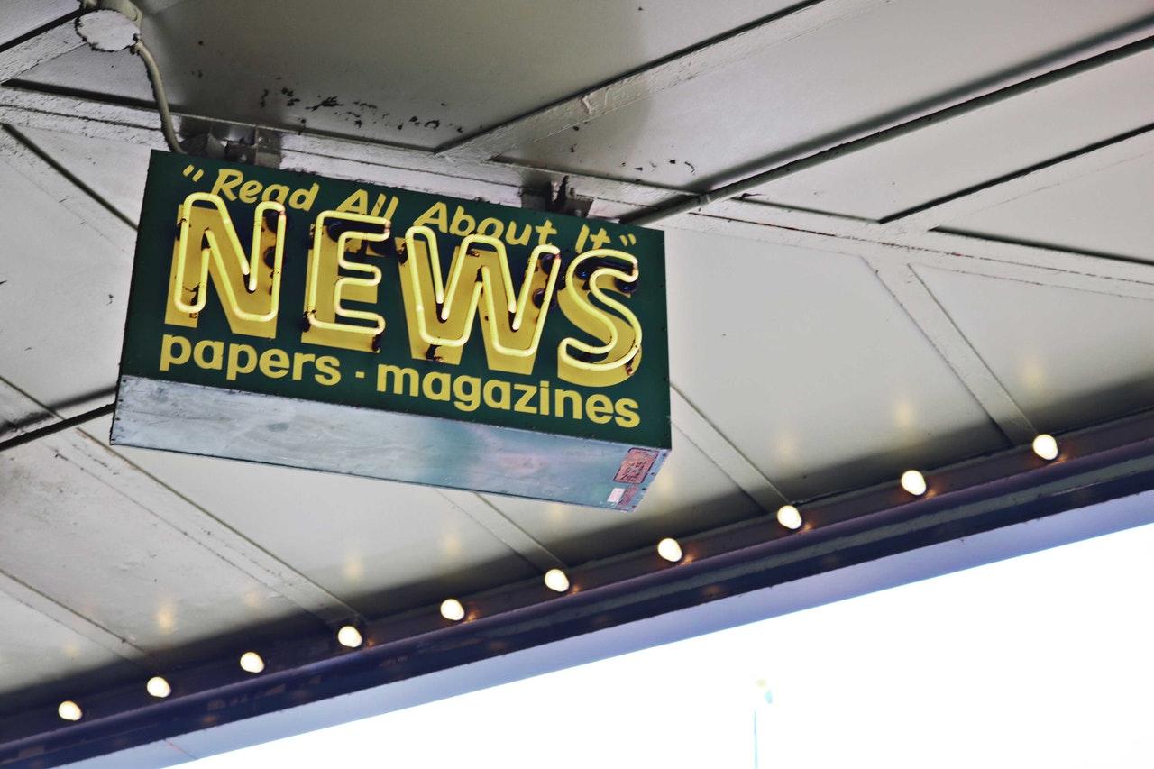 Associated Press para utilizar contratos inteligentes Chainlink