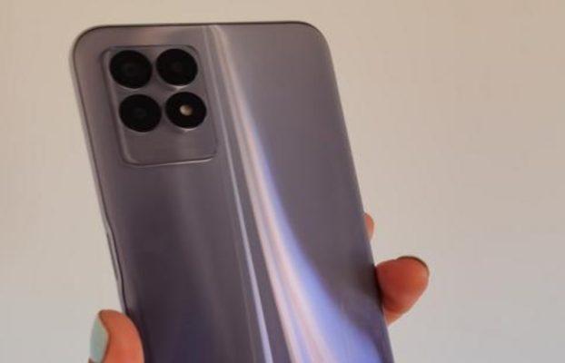 un 'smartphone' muy completo por menos de 200 euros